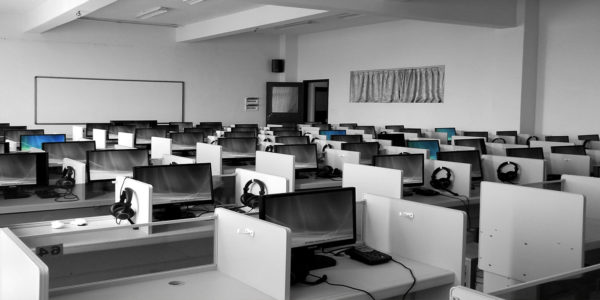 Managed Services: empty call center